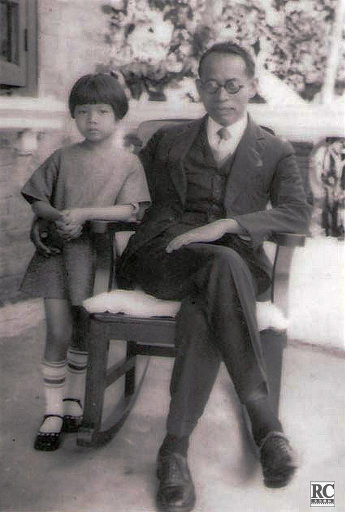馬保羅與孩童時期的女兒馬箐岐